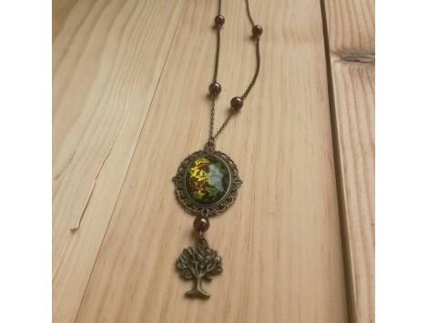 collier La Lady au creux de l'arbre