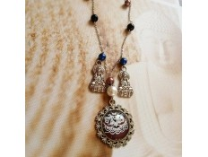 collier Une Lady en Inde